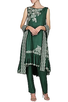 Emerald Embroidered Kurta with Pants by Sakshi K Relan