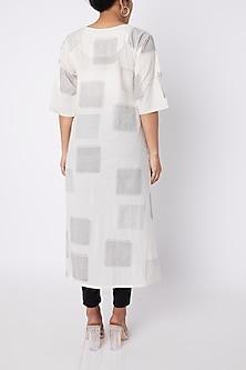 White & Black Checkered Printed Kurta by Silk Waves