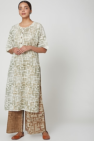 White & Brown Printed Kurta Set by Silk Waves