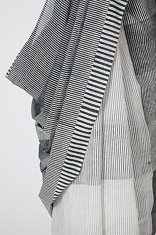 Grey & White Printed Saree by Silk Waves