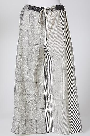 Grey Printed Palazzo Pants by Silk Waves
