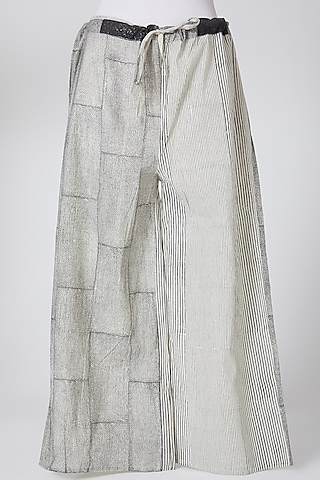 Grey Printed Palazzo Pants by Silk Waves
