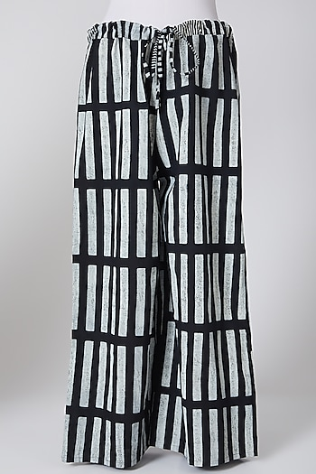 White & Black Cotton Printed Palazzo Pants by Silk Waves