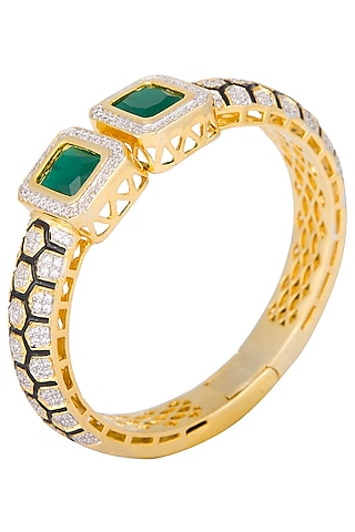 Gold plated green openable bangle by Shillpa Purii