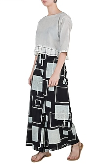 Black Printed Palazzo Pants by Silkwaves