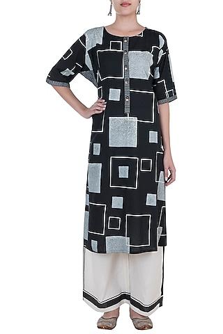 Black & Ivory Hand Block Printed Kurta by Silkwaves