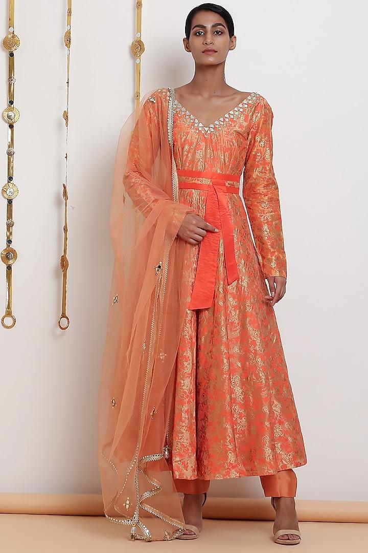 Peach Embroidered Flared Kurta Set With Belt by Seema Nanda