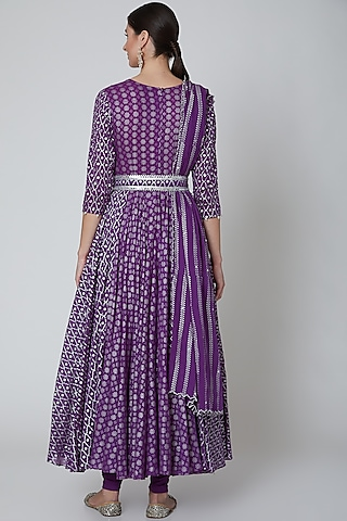 Purple Embroidered Kalidar Anarkali Set by Seema Nanda