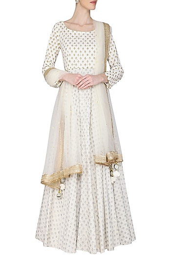 Ivory kalidar embroidered kurta set available only at Pernia's Pop Up Shop.  2021