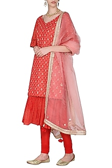 Red Short Embroidered Kurta Set by Seema Nanda