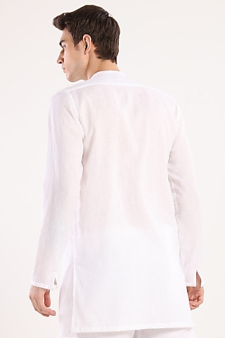 White Pleated Kurta by Son Of A Noble SNOB