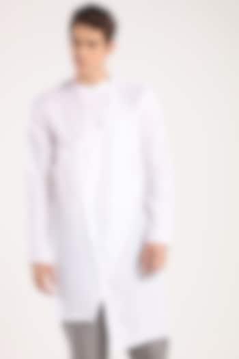 White Angrakha Kurta by Son Of A Noble SNOB