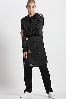 Black Digital Printed Kurta With Pants by Son Of A Noble SNOB