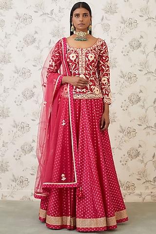 Magenta Maroon Embroidered Lehenga Set by Shyam Narayan Prasad
