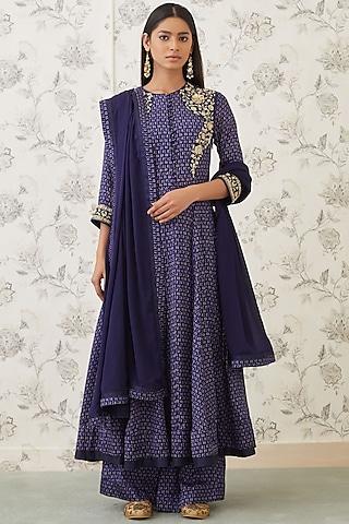 Midnight Blue Embroidered Kurta Set by Shyam Narayan Prasad