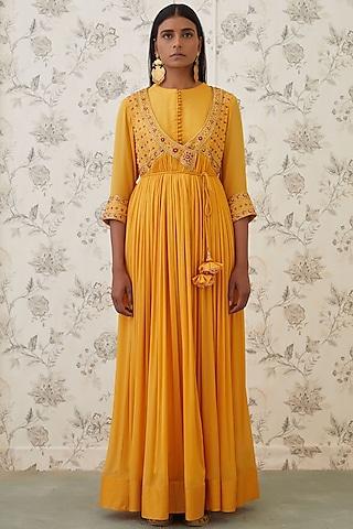 Mango Yellow Embroidered Angrakha Kurta Set by Shyam Narayan Prasad
