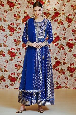 Royal Blue Embroidered Kurta Set by Shyam Narayan Prasad