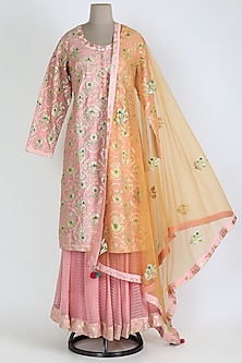 Pink Embroidered Kurta & Skirt Set by Shyam Narayan Prasad
