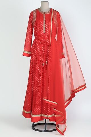 Red Embroidered Anarkali Set by Shyam Narayan Prasad