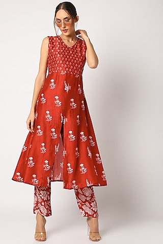 Red Hand Embroidered & Printed Kurta Set by Suave by Neha & Shreya