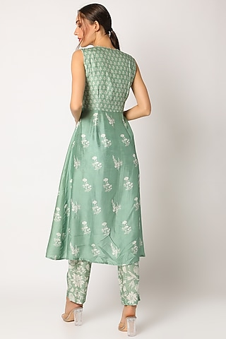 Green Hand Embroidered & Printed Kurta Set by Suave by Neha & Shreya