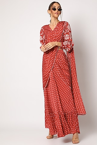 Red Printed Saree With Blouse by Suave by Neha & Shreya