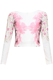Off white floral embroidered boat neck top by Shainah Dinani