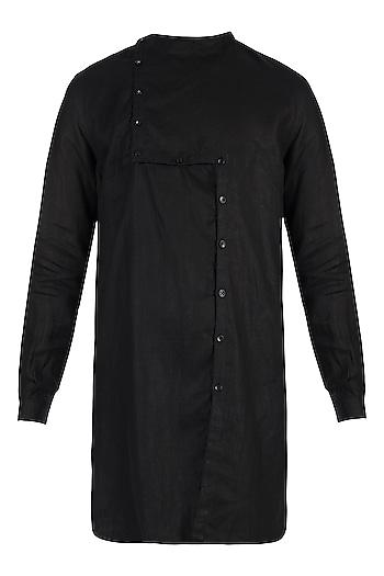 Black linen kurta by Son Of A Noble SNOB