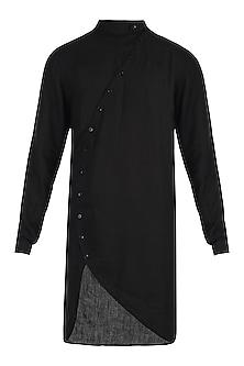 Black placket kurta by Son Of A Noble SNOB
