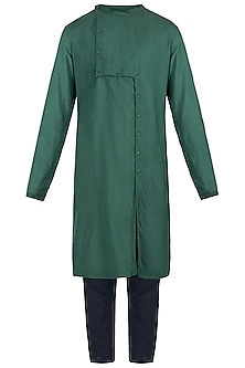 Green kurta with pants by Son Of A Noble SNOB