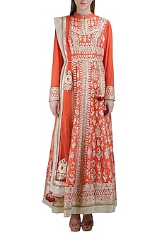 Orange Embroidered Kurta Set by Shyam Narayan Prasad