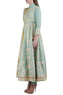 Artic Blue Embroidered Kurta Set by Shyam Narayan Prasad