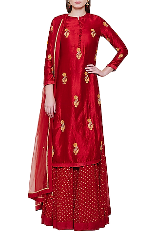 Maroon Embroidered Lehenga Set by Shyam Narayan Prasad