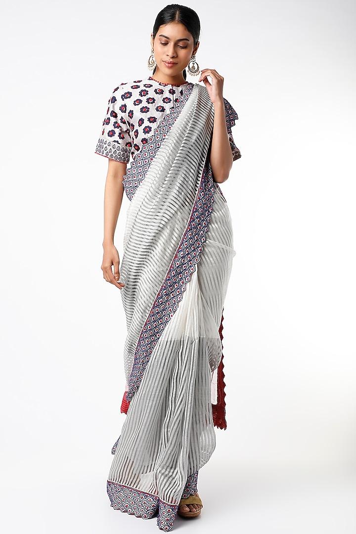 White & Grey Handloom Saree Set by Soumodeep Dutta