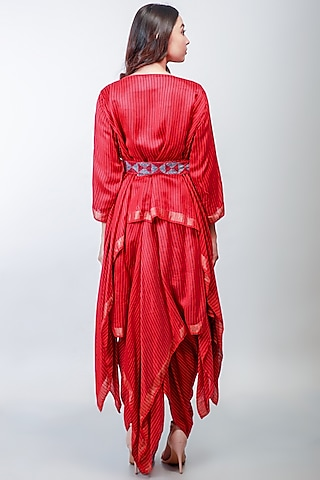 Red Embroidered Skirt Set by Soumodeep Dutta
