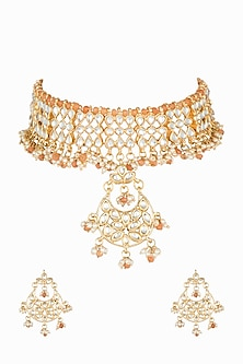 Gold Plated Pearl Necklace Set With Maang Tikka by Soranam