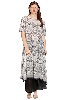 White Pleated Kurta With Black Palazzo Pants by SOUS