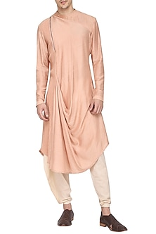 Salmon Textured Kurta with Churidar Pants by Soltee By Sulakshana Monga Men