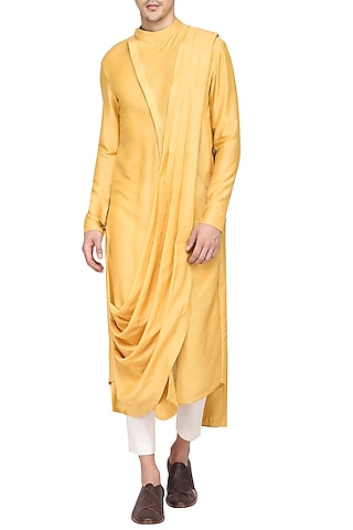 Mustard Textured Kurta with Churidar Pants by Soltee By Sulakshana Monga Men