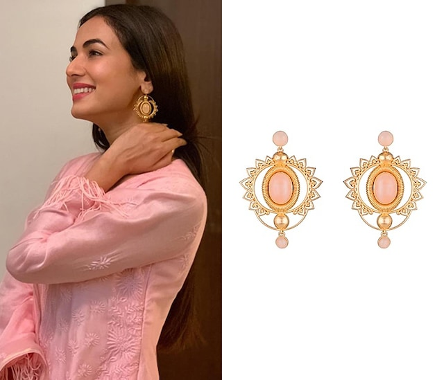 Gold Finish Jaali Worked Rose Quartz Earrings by Paroma Popat