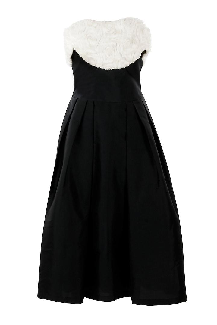 Black vintage style dress by Sonaakshi Raaj