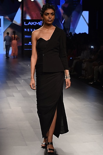 Black One Shoulder Blazer Draped Gown by Sonaakshi Raaj