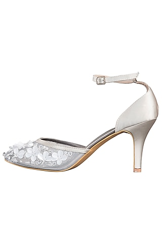 Silver embroidered pumps by SOLE STORIES