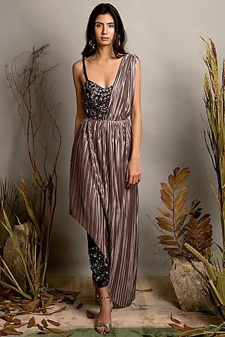Rose Metallic & Black Embellished Kurta Set by Shreya Agarwal