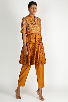 Mustard Printed Kurta Set by Shristi Chetani