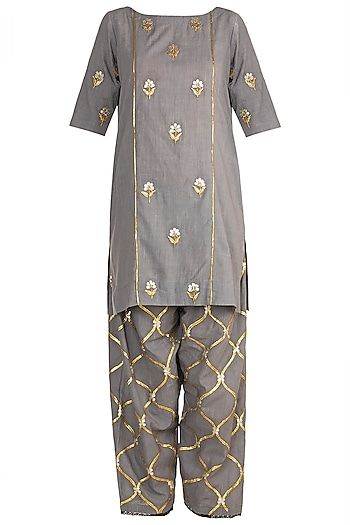 Grey Embroidered Kurta Set by Sareeka H & Mukkta Dograa