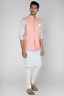 Peach Embroidered Bundi Jacket by SEIRRA THAKUR