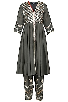 Grey Embroidered Kalidaar Kurta Set by Sareeka H & Mukkta Dograa