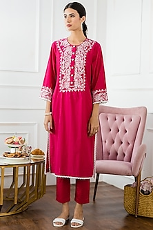 Fuchsia Embroidered Kurta Set by Sage Saga