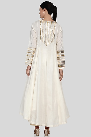 Off White Gold Embroidered Asymmetrical Kalidar Kurta by Gulabo By Abu Sandeep